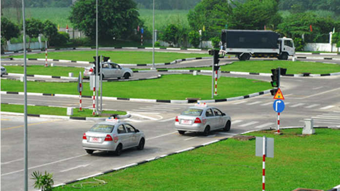 đào tạo lái xe ô tô b2