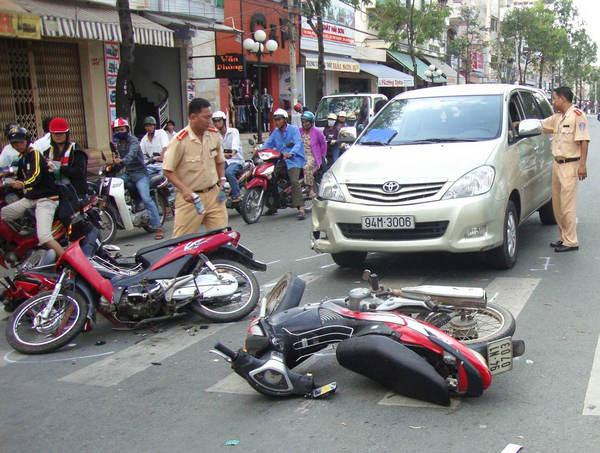 không có bằng lái xe ô tô gây tai nạn giao thông