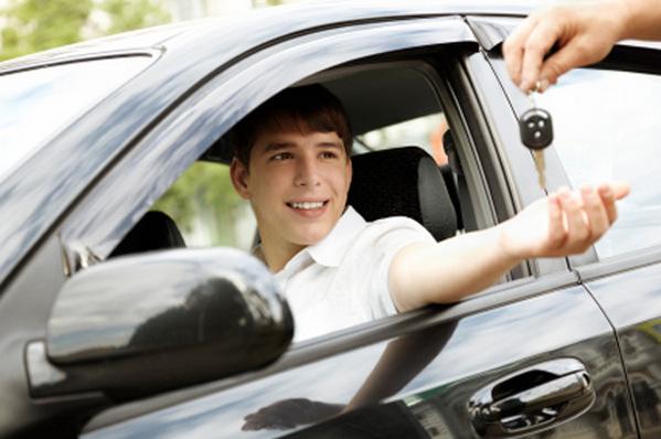 học lái xe ô tô quận hoàng mai