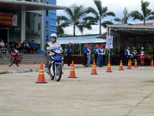 thi bằng lái xe máy tại quận hoàng mai