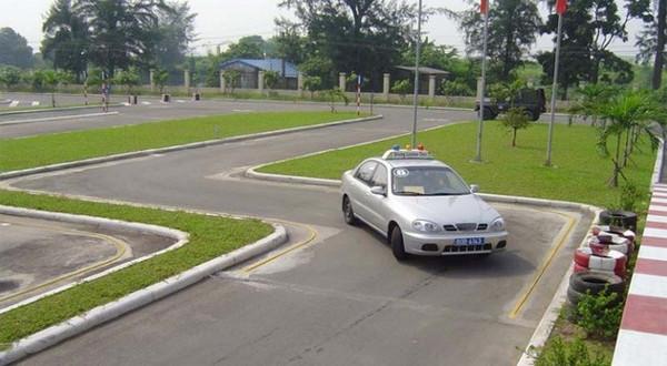 học lái xe ô tô tại quận từ liêm
