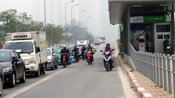 lấn làn đường giao thông