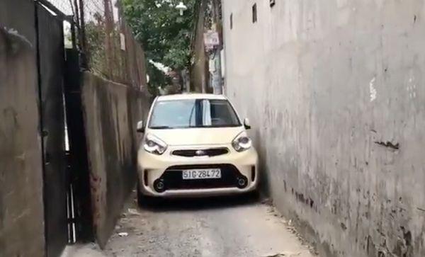 kỹ thuật lái xe ở ngõ nhỏ